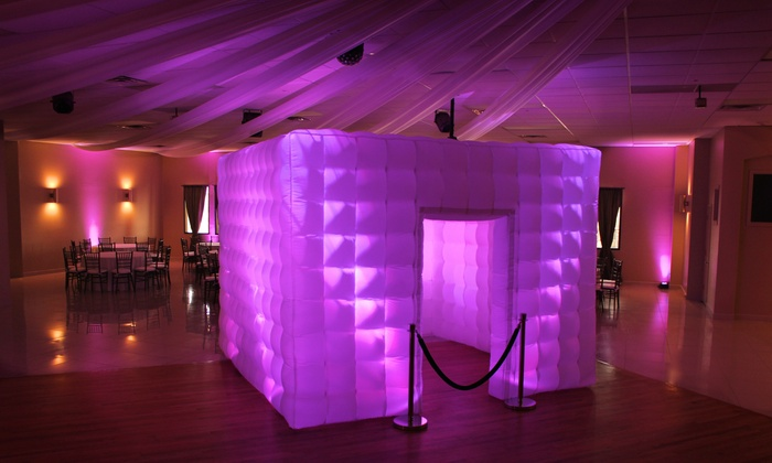 5 Ways You Can Make The Most Of Your Photo Booth Rental