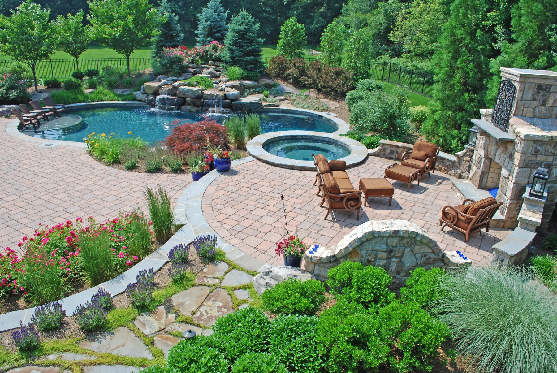 How to find a landscape company that is right for you