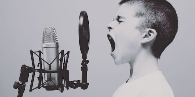 5 Reasons to Become a Voice-Over Artist